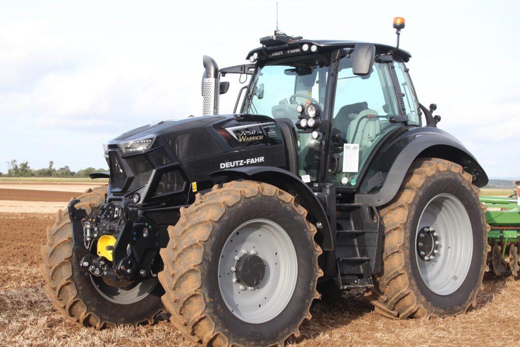 Filtry paliwa w maszynach rolniczych. Co warto o nich wiedzieć?